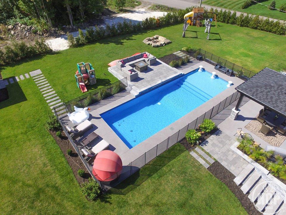 Fabuleux Aménagement de piscine creusée Laval, Montréal | Piscine Hudon GF37