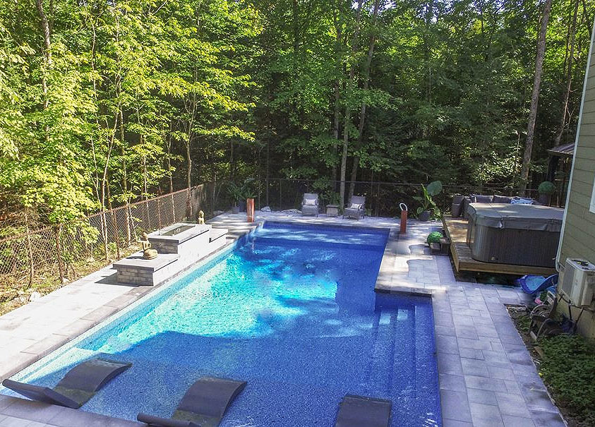 Piscine creus e et installation laval montr al piscine for Aspirateur piscine ne marche pas